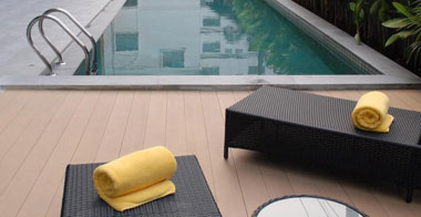 5-days-4-nights-bangkok-swimming-pool