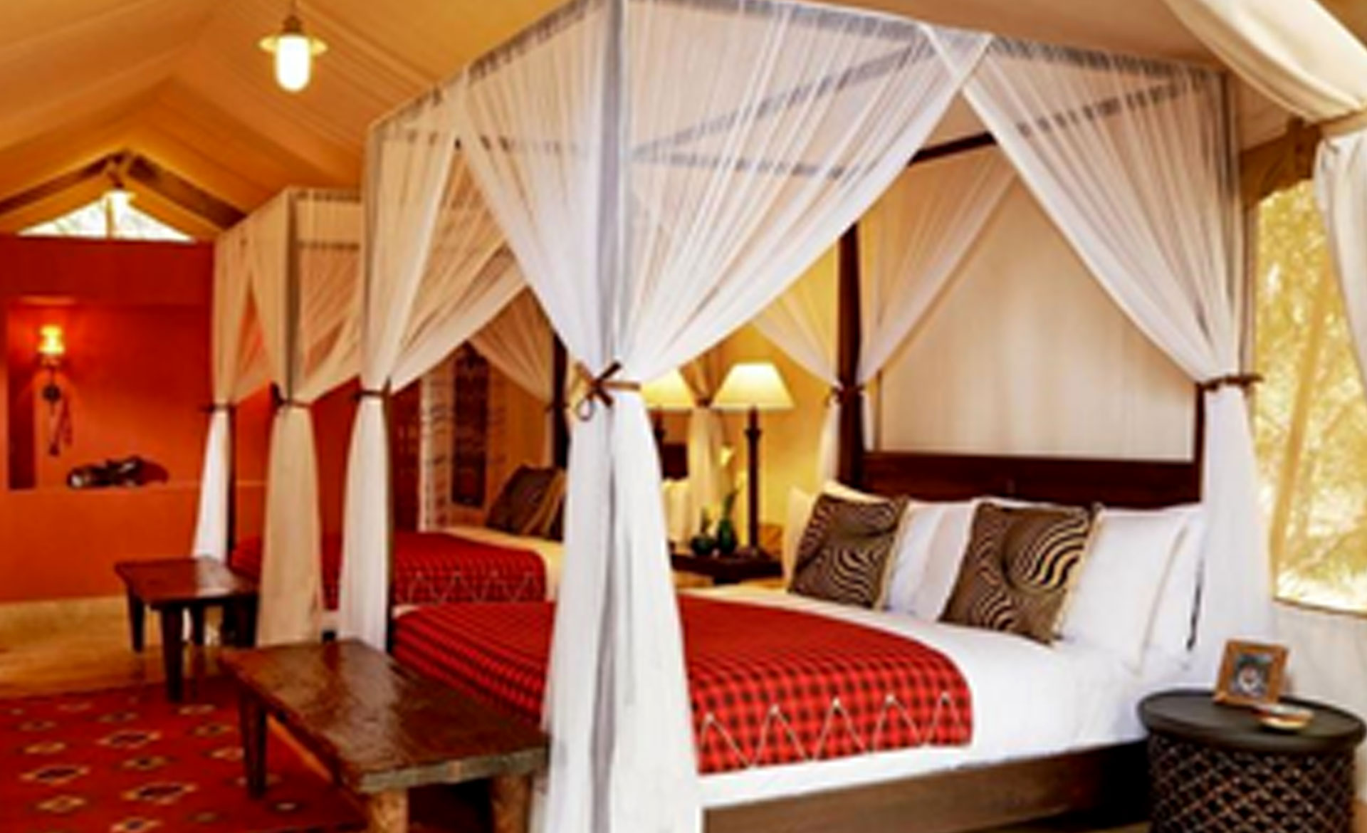 Diani_travel_center_diani_tours_and_safaris_3_Days_masai_mara_by_air_diani_masai_mara-air_Fairmont_Mara